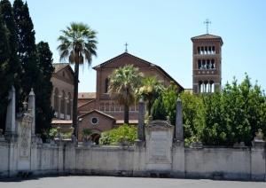 chiesa di santanselmo allaventino 6959891 300x212 - chiesa-di-santanselmo-allaventino_6959891
