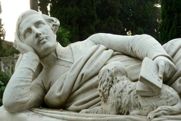 385884 10150516692946944 75938348 n 600x400 - Легенды исторического кладбища Тестаччо
