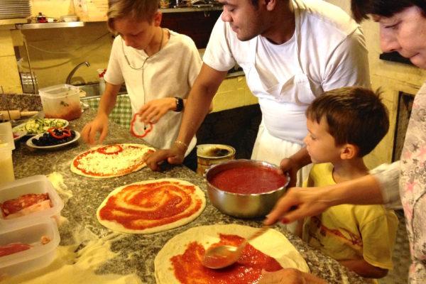 IMG 3650 2 600x400 - Be Italian! Готовим вместе итальянскую пиццу