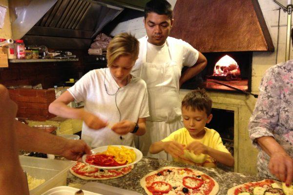 IMG 3656 600x400 - Be Italian! Готовим вместе итальянскую пиццу