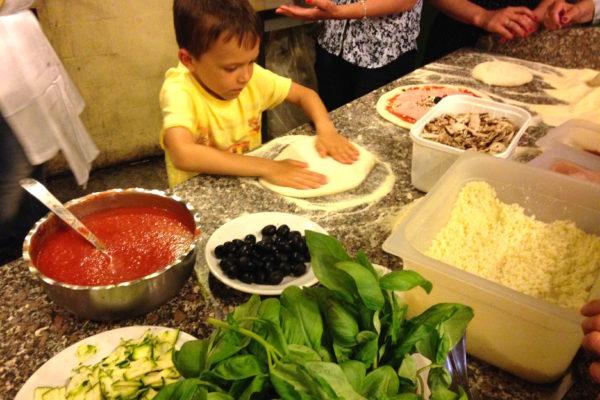 IMG 3667 600x400 - Be Italian! Готовим вместе итальянскую пиццу