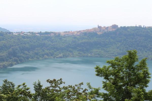 IMG 73361 600x400 - Кастелли Романи – озера, клубника и дача Папы римского
