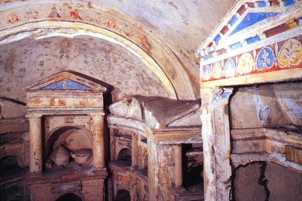 OBLOZHKA COLOMBARIO POMPONIO HYLAS Roma 600x400 - Неожиданное сокровище - мавзолей Помпония Хила