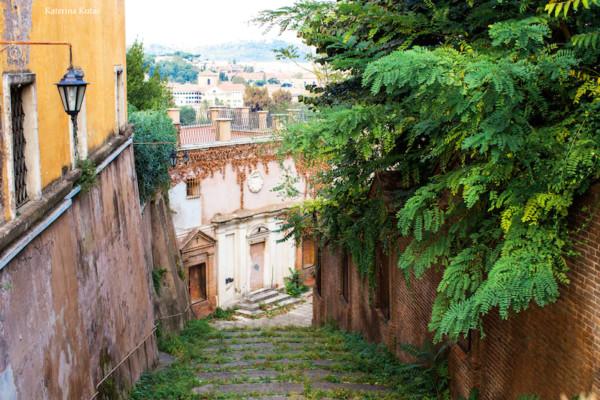 OBLOZHKA IMG 9179 copia 600x400 - Неизведанный Рим – самая необычная обзорная экскурсия