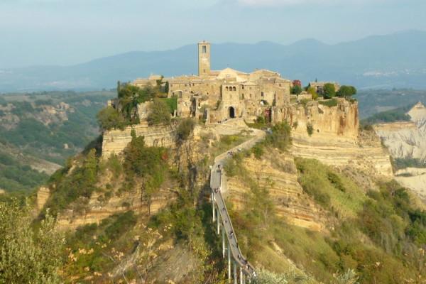 OBLOZHKA P1060316 600x400 - Красота скрытой Италии – средневековые городки (borghi)