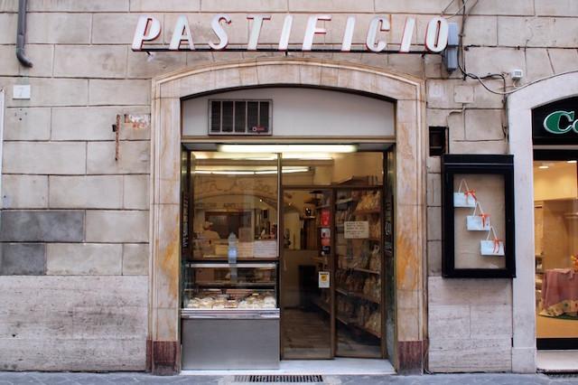 Pastificio 1024x682 - 10 оригинальных мест для перекуса в Риме