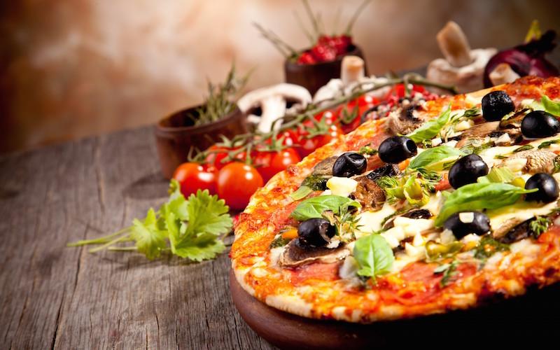 412086 - Королева пиццы или пицца для королевы