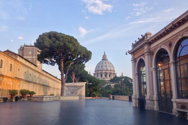 IMG 3979 2 copia 600x400 - Ватикан для жаворонков