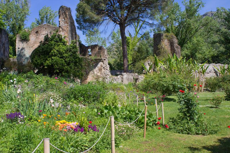 Copia di IMG 3255 - Сад Нимфы - сказка в окрестностях Рима