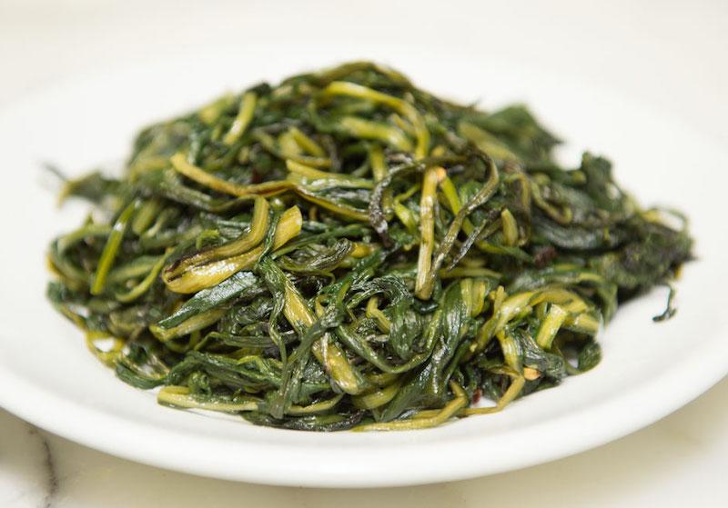 cicoria ripassata - 8 продуктов с римского рынка, которые вас удивят