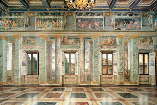 Villa-Farnesina-Sala-delle-Prospettive-lato-sud