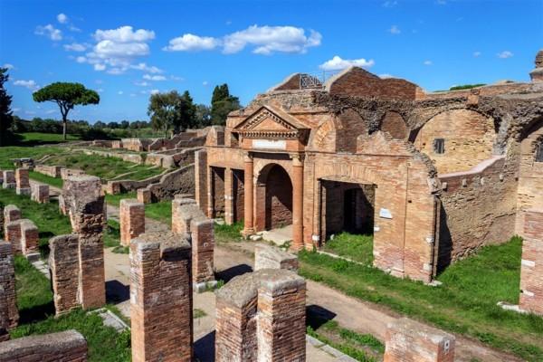 ostia antica1 600x400 - Остия Антика - древнеримский город